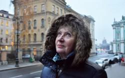 Tatjana Swiridowa vor der Neuen Eremitage in ihrem St. Petersburg. / Tino Künzel